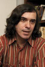 Mircea C�rt�rescu